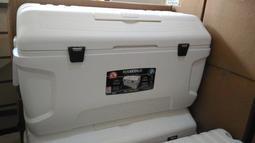 ㊣湖子釣具㊣全新 IGLOO 美國製 156公升 釣魚冰箱 保冰箱桶 船釣 露營 擺攤 白帶魚專用150