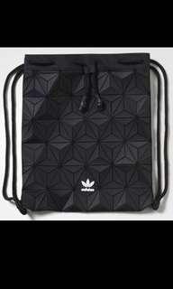 c2215fa45f36 Adidas Issey Miyake BAG Page 4 - BigGo Price Search Engine