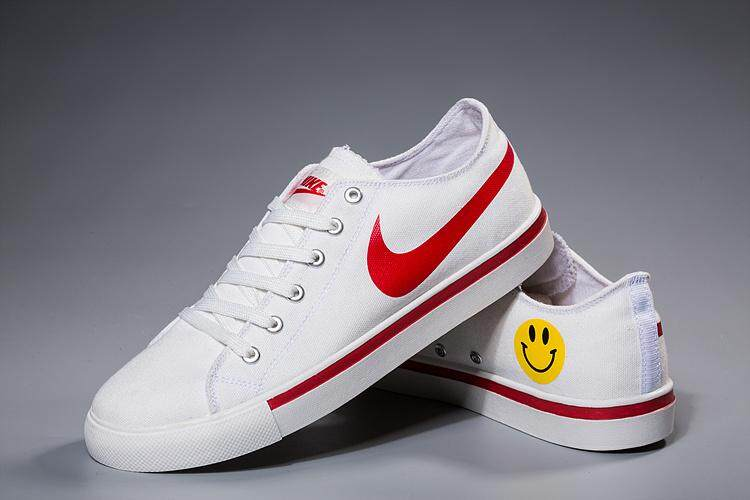 80c14125530 NIKE BLAZER LOW 18 Men s Women s Sports Running Shoe Classic Casual Sneakers  (White Red