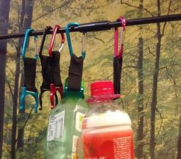 【露營FUN】水瓶扣 鋁合金戶外登山扣 礦泉水瓶扣 寶特瓶扣環