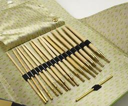 Addi 可替換式竹針組合 :: Addi 蕾絲可替換式輪針組,一般、蕾絲、竹製組合,實用精緻好攜帶!