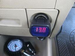 【露天A店】LED 車用電壓表 電壓檢測儀 電壓計 汽車電壓表 12V/24V 電瓶電池發電機檢測